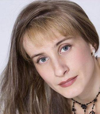 Дина Иванова